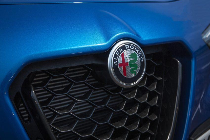 2020 Alfa Romeo Stelvio Veloce - Badge Wallpapers 850x567 #27