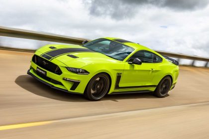 2020 Ford Mustang R-Spec - Front Three-Quarter Wallpapers 420x280