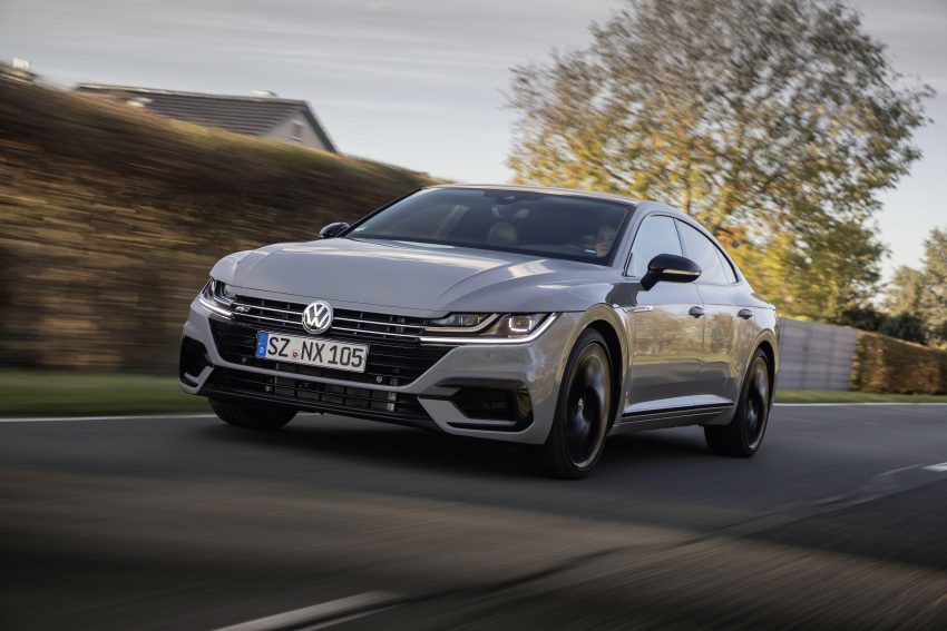 2020 Volkswagen Arteon 4Motion R-Line Edition - Front Three-Quarter Wallpapers 850x567 #5