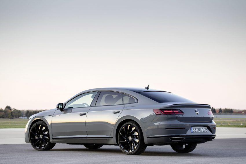 2020 Volkswagen Arteon 4Motion R-Line Edition - Rear Three-Quarter Wallpapers 850x567 #13