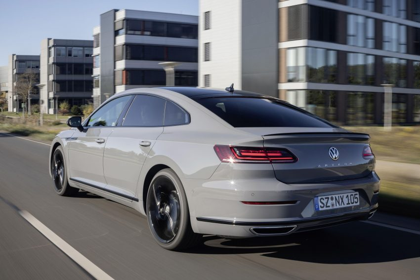 2020 Volkswagen Arteon 4Motion R-Line Edition - Rear Three-Quarter Wallpapers 850x567 #6