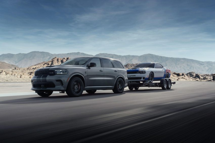 2021 Dodge Durango SRT Hellcat - Front Three-Quarter Wallpapers 850x567 #3