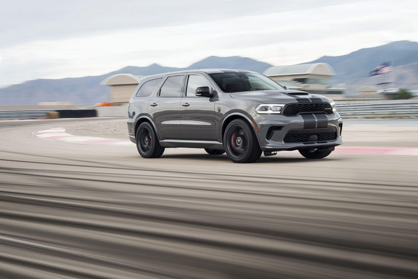 2021 Dodge Durango SRT Hellcat - Front Three-Quarter Wallpapers 850x567 #13