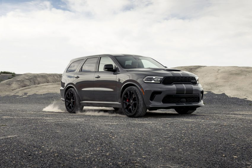 2021 Dodge Durango SRT Hellcat - Front Three-Quarter Wallpapers 850x567 #32