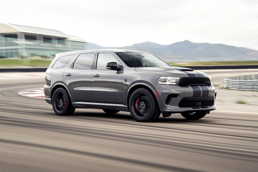 2021 Dodge Durango SRT Hellcat - Front Three-Quarter Wallpapers 850x567 #16
