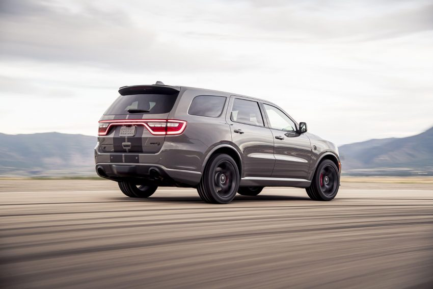2021 Dodge Durango SRT Hellcat - Rear Three-Quarter Wallpapers 850x567 #25