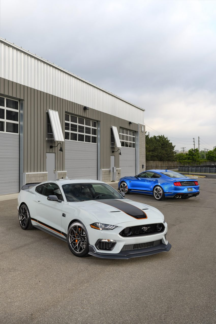 2021 Ford Mustang Mach 1 Handling Package - Front Three-Quarter Wallpapers 850x1275 #11