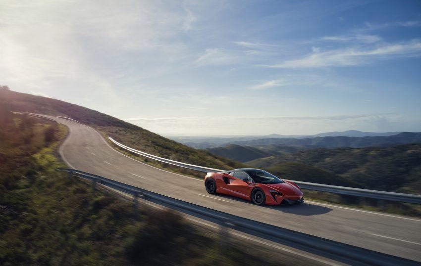 2022 McLaren Artura [UK-spec] - Front Three-Quarter Wallpapers 850x538 #5