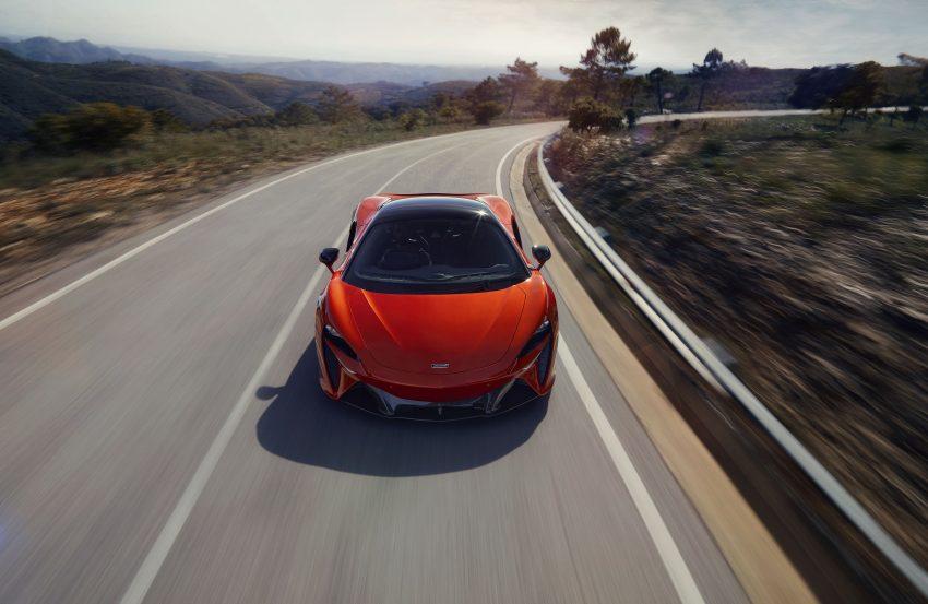 2022 McLaren Artura [UK-spec] - Front Wallpapers 850x553 #2