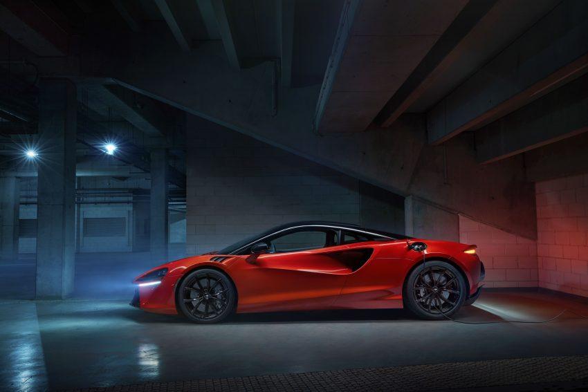 2022 McLaren Artura [UK-spec] - Side Wallpapers 850x567 #16