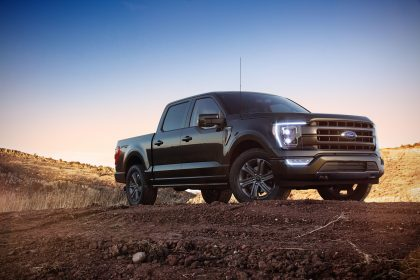 2020 Ford F-150 Lariat Sport SuperCrew - Front Three-Quarter Wallpapers 420x280