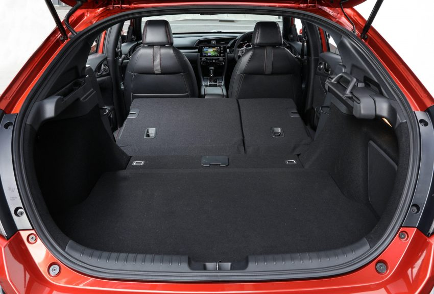 2020 Honda Civic RS Hatchback [AU-spec] - Trunk Wallpapers 850x576 #42