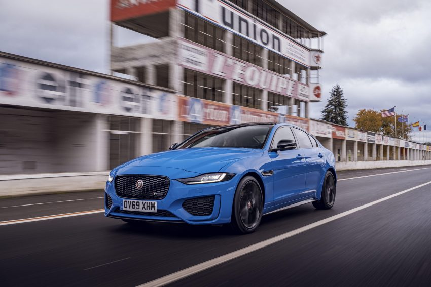 2020 Jaguar XE R-Dynamic Reims Edition - Front Three-Quarter Wallpapers 850x567 #19