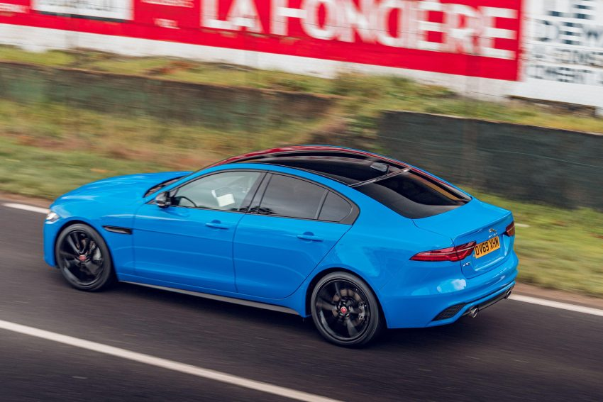 2020 Jaguar XE R-Dynamic Reims Edition - Rear Three-Quarter Wallpapers 850x567 #26