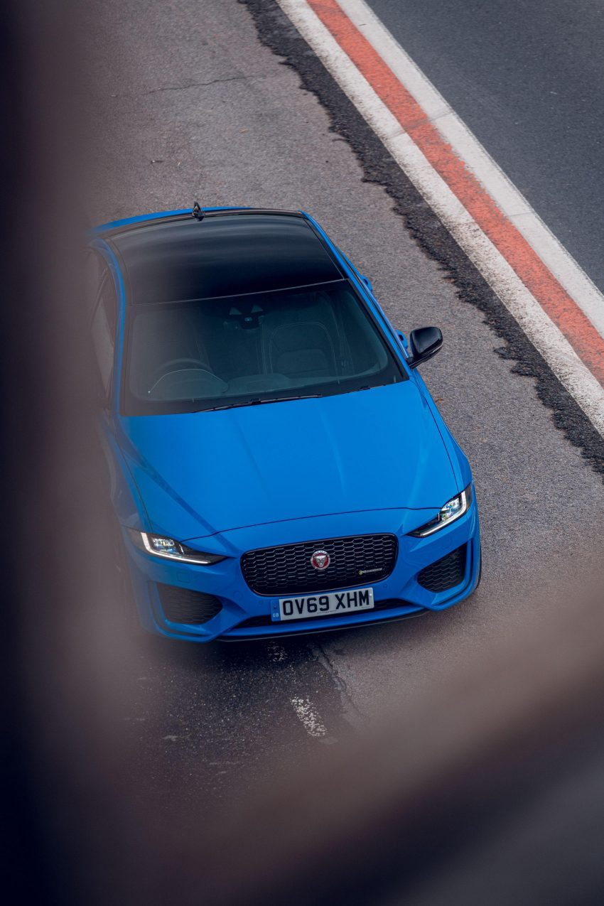 2020 Jaguar XE R-Dynamic Reims Edition - Top Wallpapers 850x1275 #49