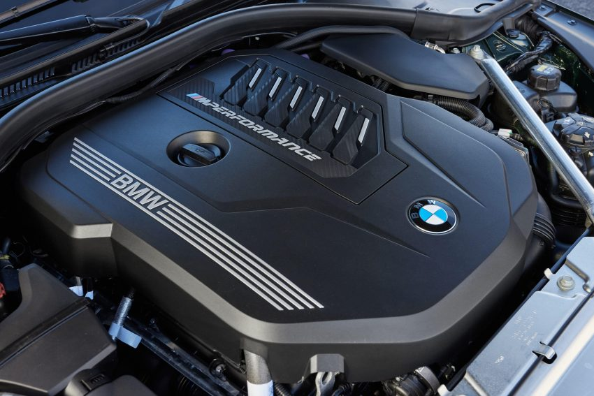 2021 BMW M440i xDrive Convertible - Engine Wallpapers 850x567 #10