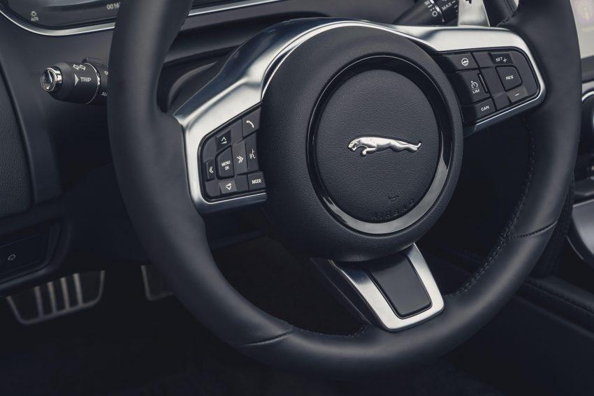 2021 Jaguar F-Type P300 Convertible - Interior, Steering Wheel Wallpapers 850x567 #25