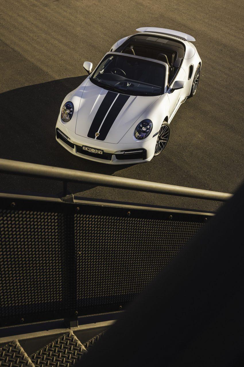 2021 Porsche 911 Turbo Cabriolet [AU-spec] - Top Phone Wallpapers 850x1275 #6