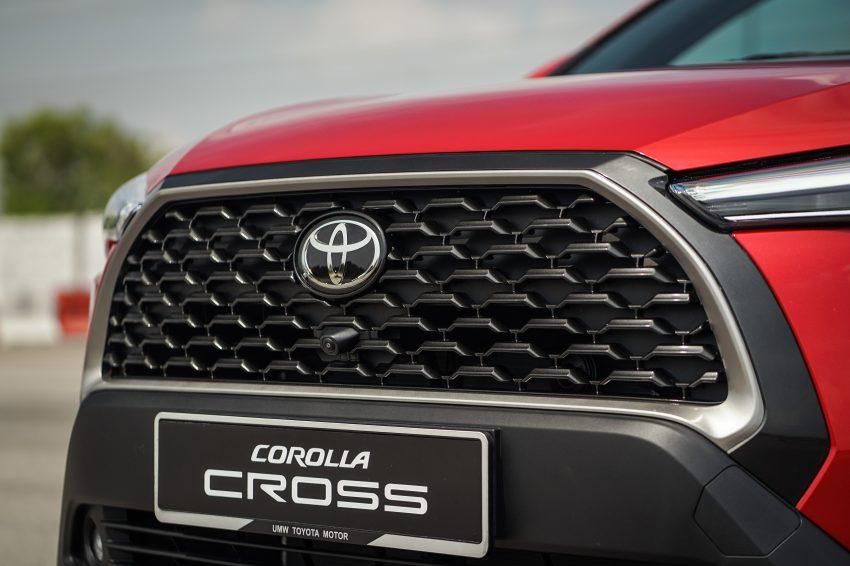 2022 Toyota Corolla Cross [MY-spec] - Grill Wallpapers 850x566 #16