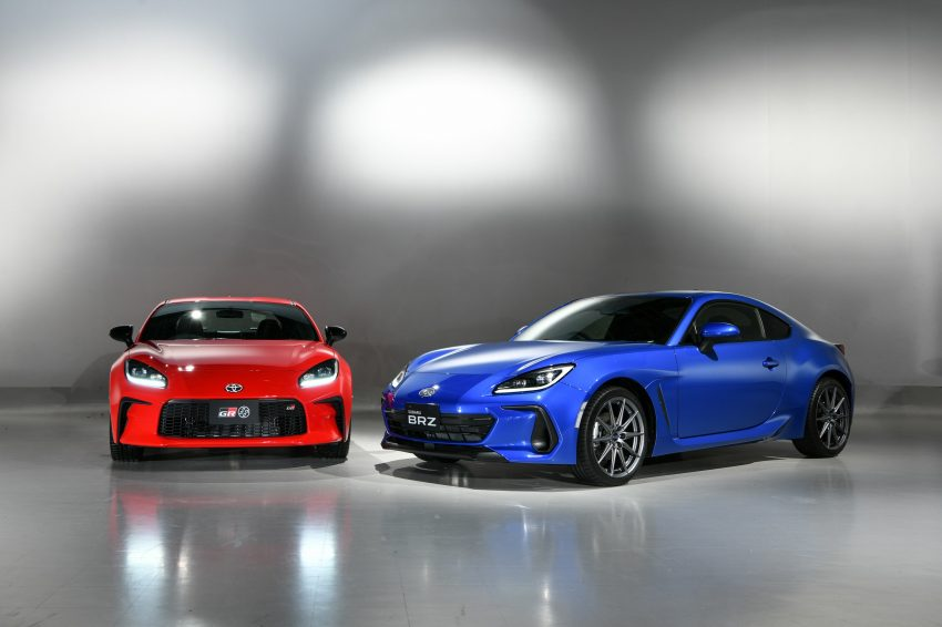 2022 Toyota GR 86 and Subaru BRZ - Front Wallpapers 850x566 #22