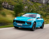 Download 2022 Porsche Macan HD Wallpapers