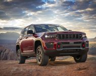 Download 2022 Jeep Grand Cherokee Trailhawk HD Wallpapers